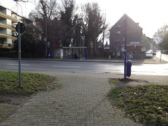 Querung der Friedrich-Lange-Straße