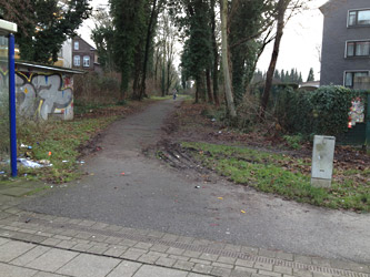 Verbindung zwischen Friedrich-Lange-Straße und Essen 51